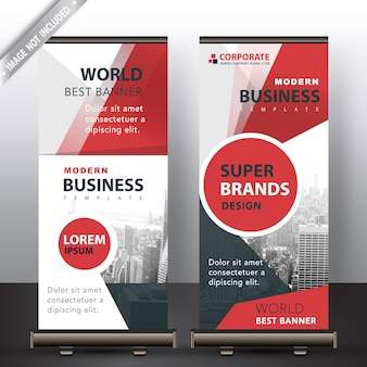 Rote roll-up-banner