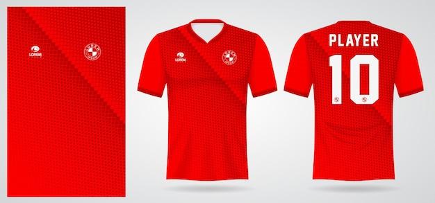 Rote sporttrikotschablone für mannschaftsuniformen und fußball-t-shirt design