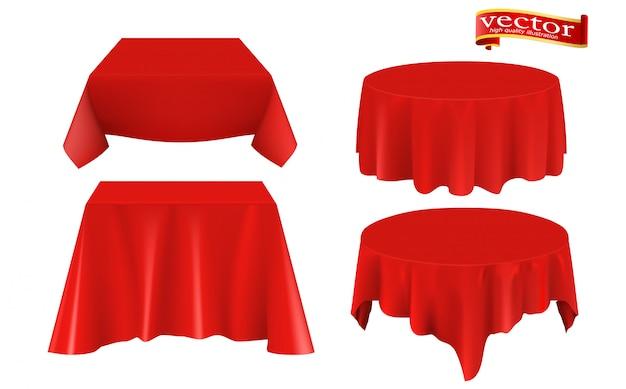 Roter silk stoff bedeckte realistischen satz der tabelle.