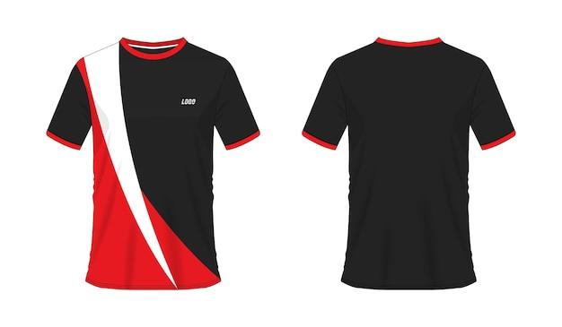 Roter und schwarzer fußball oder fußballschablone des t-shirts für mannschaftsverein auf weißem hintergrund. jersey sport,