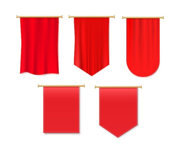 Roter wimpel hängen.