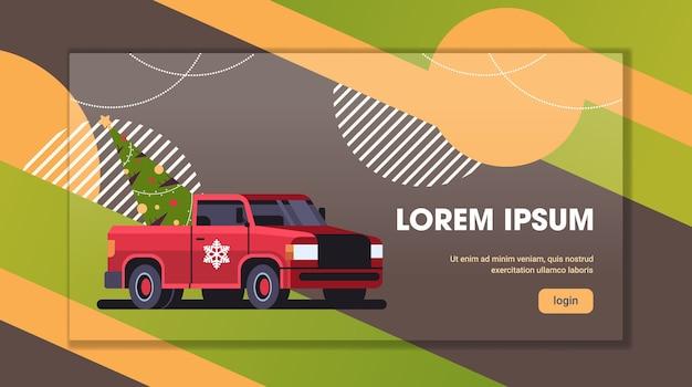 Rotes pickup-auto mit tannenbaum-frohe-weihnachtsvorbereitung für winterferienkonzept horizontale kopie raumvektorillustration