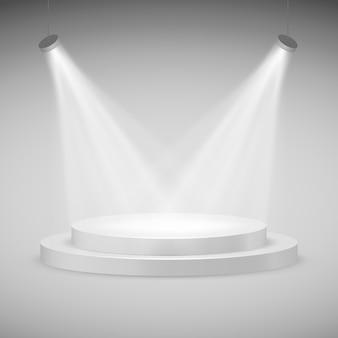 Runde bühne von scheinwerfern beleuchtet. realistisches podium.