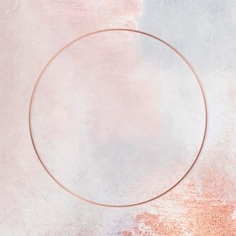 Runder kupferrahmen auf pastellfarbenem hintergrund