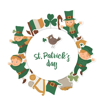 Runder rahmen des heiligen patrick-tages mit kobold, kleeblattaufkleber lokalisiert auf weißem hintergrund. irisches feiertagsmotiv-banner im kreis gerahmt. nette lustige frühlingskartenschablone.