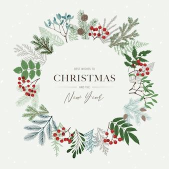 Runder weihnachtsrahmen mit stechpalmenbeeren, mistelzweigen, kiefern- und tannenzweigen, zapfen, ebereschenbeeren. weihnachten und ein gutes neues jahr
