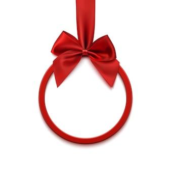 Rundes banner mit rotem band und schleife, lokalisiert auf weißem hintergrund. weihnachtsbaumdekoration. grußkartenvorlage.