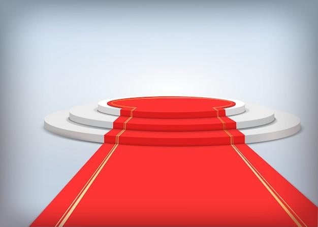 Rundes podium mit rotem teppich