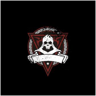Rustikales schädel-emblem für spiel- oder motorclublogo