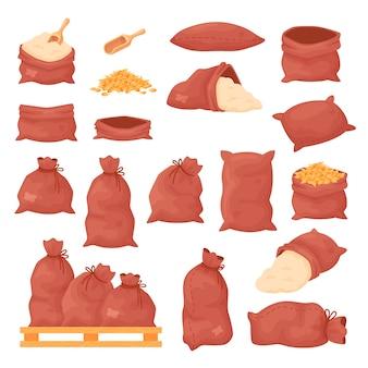 Säcke mit weizenkörnern oder mehl, leinensäcke auf holzpalette isoliert auf weiß