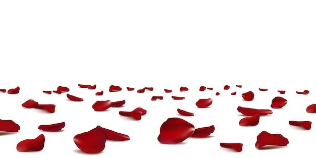 Saisonale konfetti der fallenden roten rosenblätter, blütenelemente, die isoliert fliegen. abstrakter blumenhintergrund mit dem blütenblatt der schönheitsrosen.
