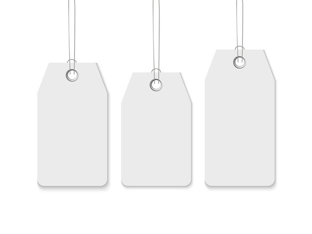 Sale tag set. realistische schablone des preisschilds des leeren papiers lokalisiert auf weißem hintergrund
