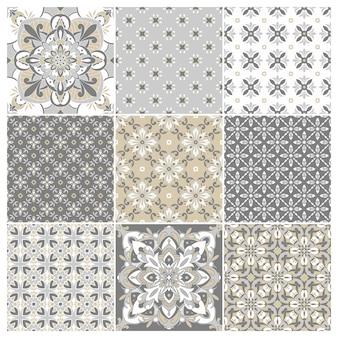 Sammlung traditioneller verzierter portugiesischer fliesen azulejos. ethnische volksverzierung. Premium Vektoren