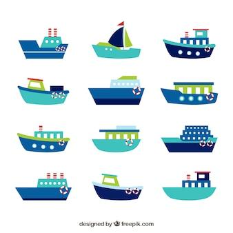Sammlung von blauen booten mit grünen und roten details