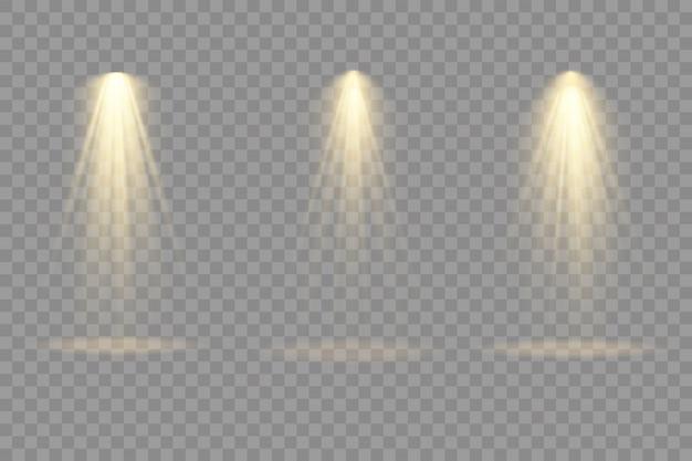 Sammlung von bühnenbeleuchtungsscheinwerfern, szene, bühnenbeleuchtung große sammlung, projektorlichteffekte, hellgelbe beleuchtung mit scheinwerfern, scheinwerfer isoliert auf transparentem hintergrund