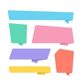 Sammlung von bunten gefalteten papierart-fahnen, die in verschiedenen formen entworfen wurden. origami