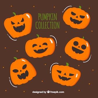 Sammlung von halloween-kürbissen in einer handgezeichneten stil