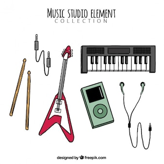Sammlung von hand gezeichneten instrumente für ein musikstudio