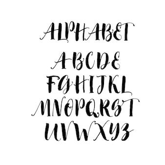 Sammlung von handgezeichneten pinselbuchstaben.