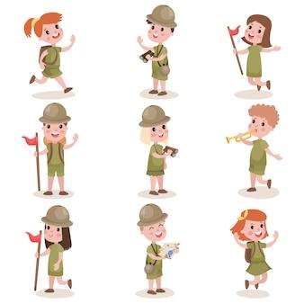 Sammlung von kinder-pfadfinder-camping-outfit, sommercamp-aktivitäten