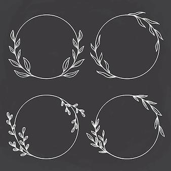 Sammlung von kreisblumen- oder kreisrahmen auf tafelhintergrund