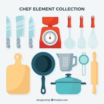 Sammlung von küchenartikeln für den küchenchef