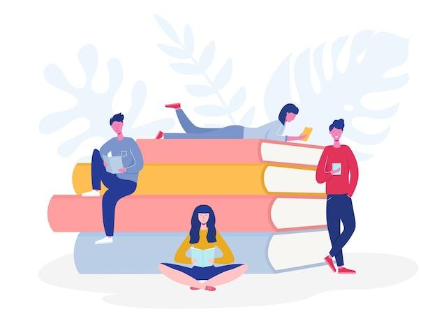 Sammlung von personen, die charaktere lesen oder studenten studieren und sich auf die prüfung vorbereiten. satz von buchliebhabern, lesern, konzept der modernen literaturfans. flacher cartoon