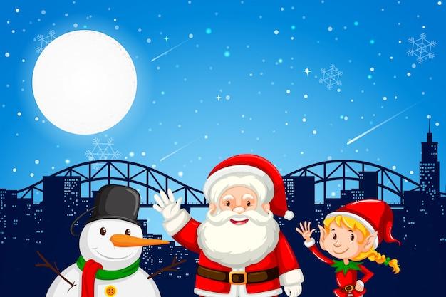 Santa elf und schneemann auf stadt backgroung