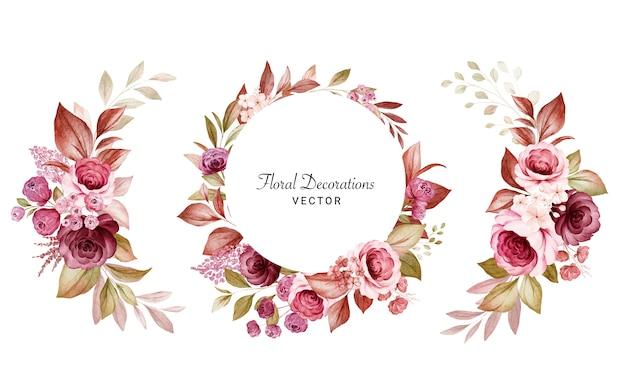 Satz aquarellblumenrahmen und blumensträuße von burgunder- und pfirsichrosen und -blättern. illustration der botanischen dekoration