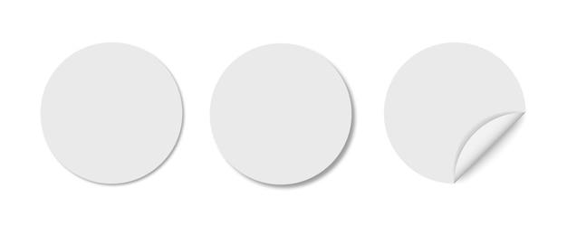 Satz aufkleberanhänger lokalisiert auf weiß