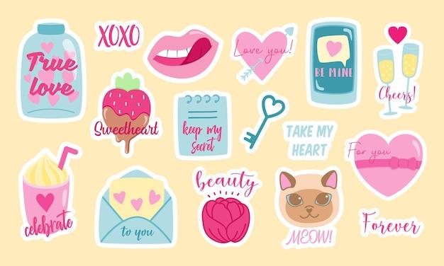 Satz bunte vektoraufkleber verschiedener stilvoller symbole der liebe und der mädchenhaften parolen, die für valentinstagfeier entworfen wurden