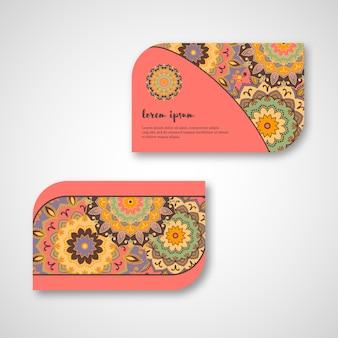 Satz dekorative hand gezeichnete mandala-karten, geschäft, besuchsschablone. vintage dekorativer stil. indisches, asiatisches, arabisches, islamisches, osmanisches motiv.