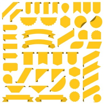 Satz des gelben leeren fahnenbandes.
