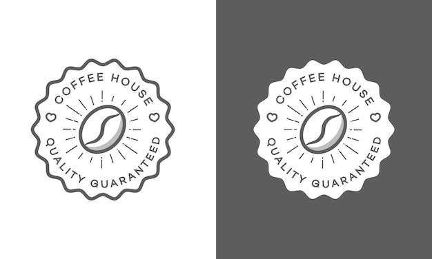 Satz des kaffeehauslogos lokalisiert auf weiß und schwarzem