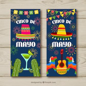 Satz fahnen cinco des mayo mit traditionellen mexikanischen elementen
