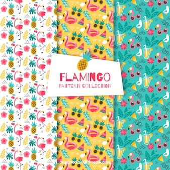 Satz flamingomuster mit strandelementen