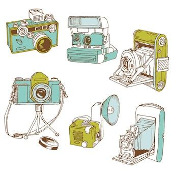 Satz fotokameras - handgezeichnete kritzeleien im vektor