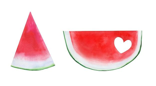 Satz helle sommerwassermelonenscheiben mit einer geschnittenen herzform.