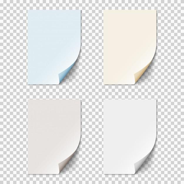 Satz leere papierblätter mit gekräuselten ecken