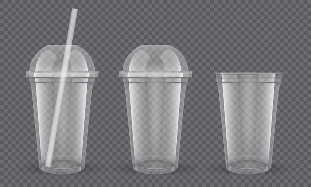 Satz leere transparente plastikbecher mit strohhalm