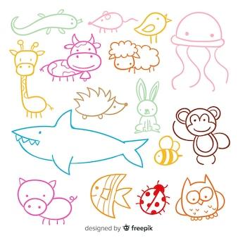 Satz nette hand gezeichnete tiere