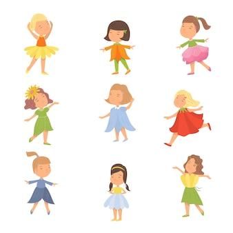 Satz nettes glückliches kindermädchen in den bunten blumenkleidern. flacher stil.