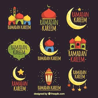 Satz ramadan-ausweise mit moscheen und verzierungen