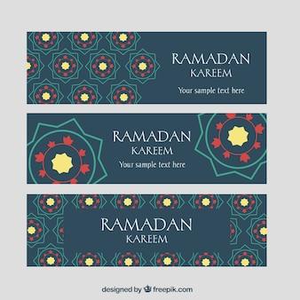 Satz ramadan-fahnen mit mosaiken