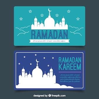 Satz ramadan-fahnen mit moscheenschattenbild