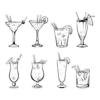 Satz skizzen-cocktails und alkoholhandzeichnung