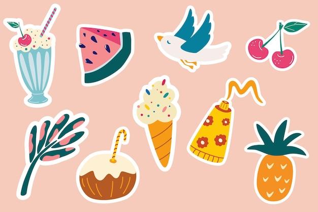 Satz sommeraufkleber. möwe, eis, kokoscocktail, ananas, sahne, wassermelone, palmblatt. strand, urlaub, sommersymbolobjekte. druckfertige aufkleber. vektor-illustration.
