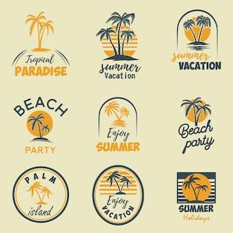 Satz sommerembleme und -elemente. gestaltungselement für logo, etikett, plakat, druck, karte, banner, zeichen. bild
