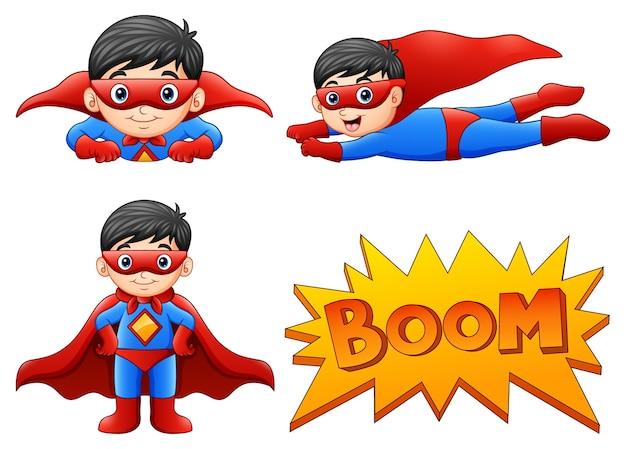 Satz tragende superheldkostüme des jungen mit unterschiedlicher haltung