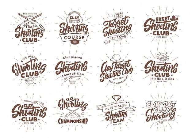 Satz vintage clay shooting embleme und briefmarken. sportabzeichen, vorlagen und aufkleber für club mit strahlenelementen